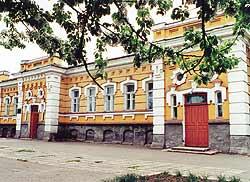 Бывшее городское четырехклассное училище. 1905-1906 гг